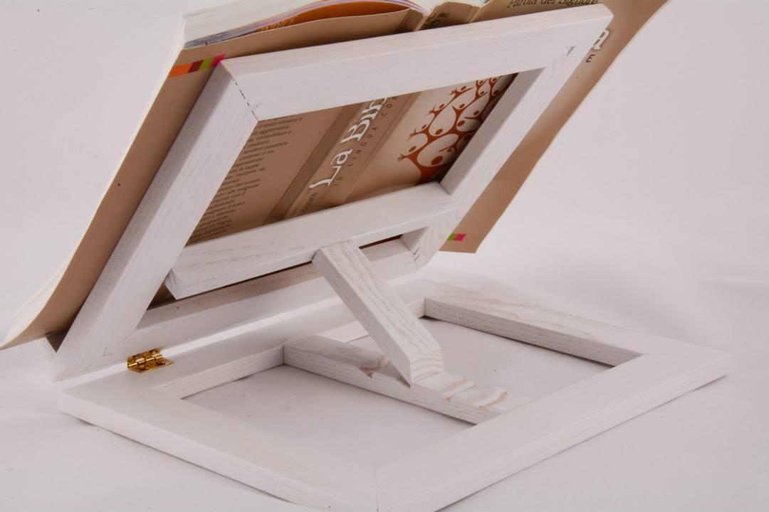 Leggio da tavolo in legno colore bianco