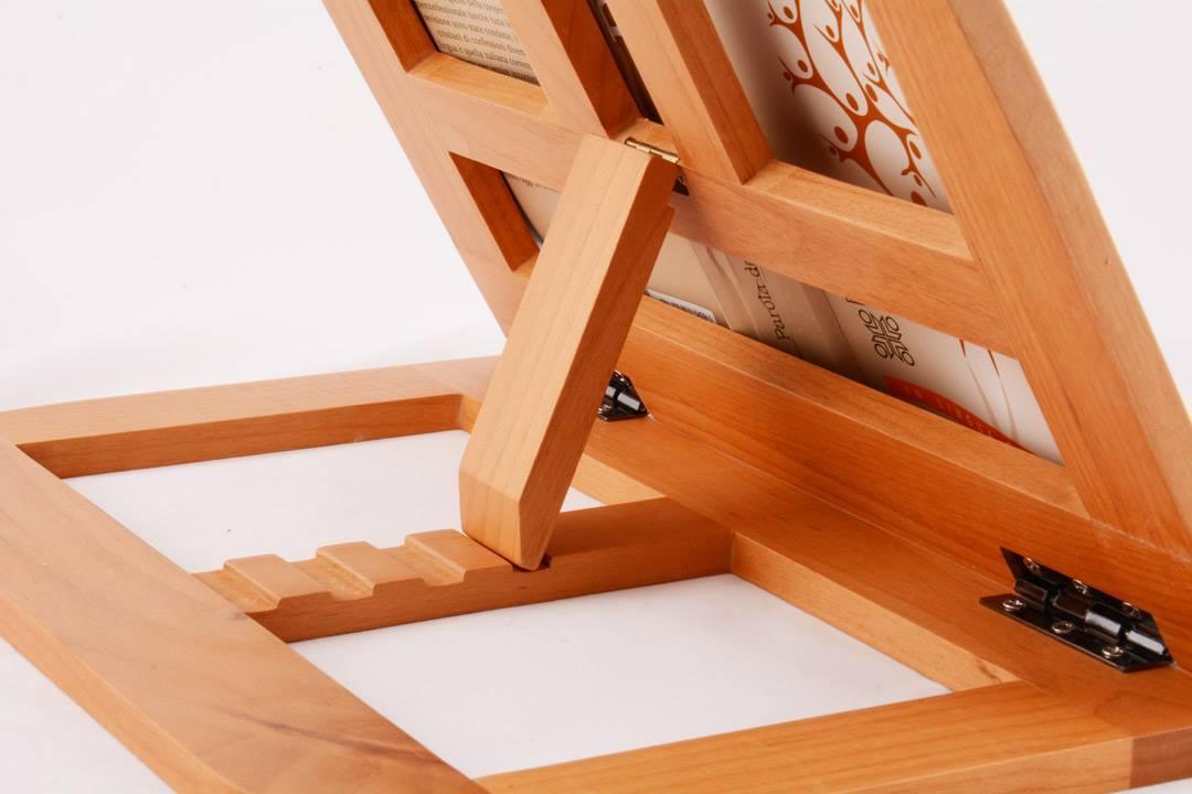 Leggio da tavolo in legno con bordi arrotondati 32 x 25 cm