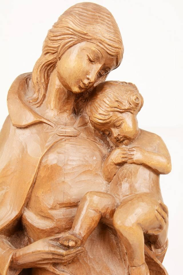 Statua Madonna con bambino in legno LUCUD55 h. 55