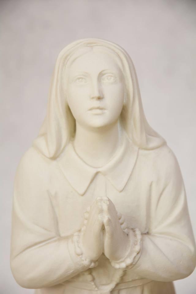 Statua Santa Bernadette in polvere di marmo DEC165-35