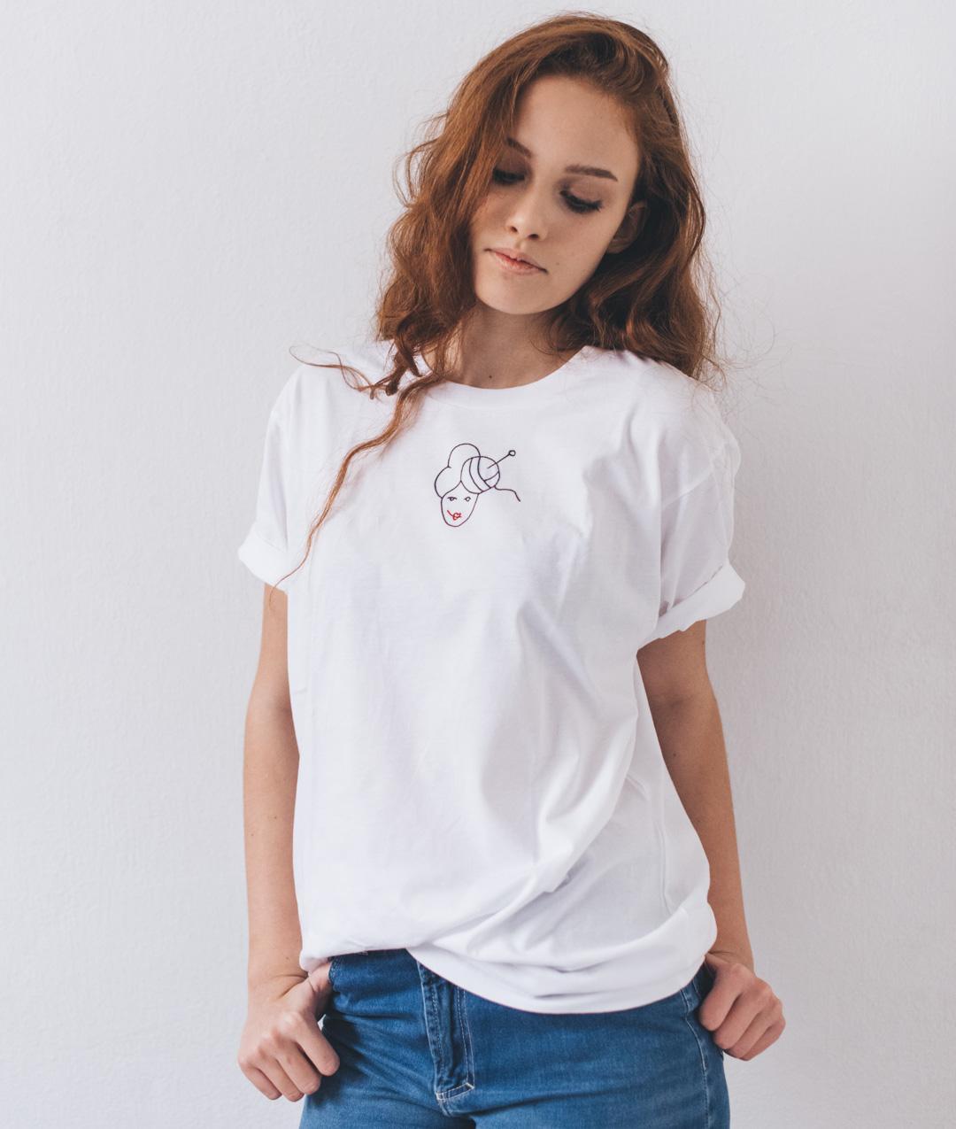 - #ilovebettaknit T-Shirt - 1