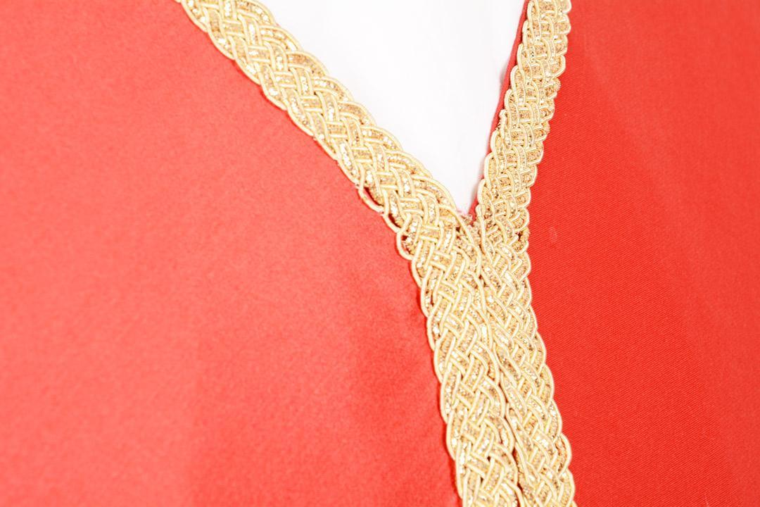 Casula CB901 Ricamo orientale Rossa