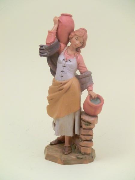 Donna con anfore cm. 19