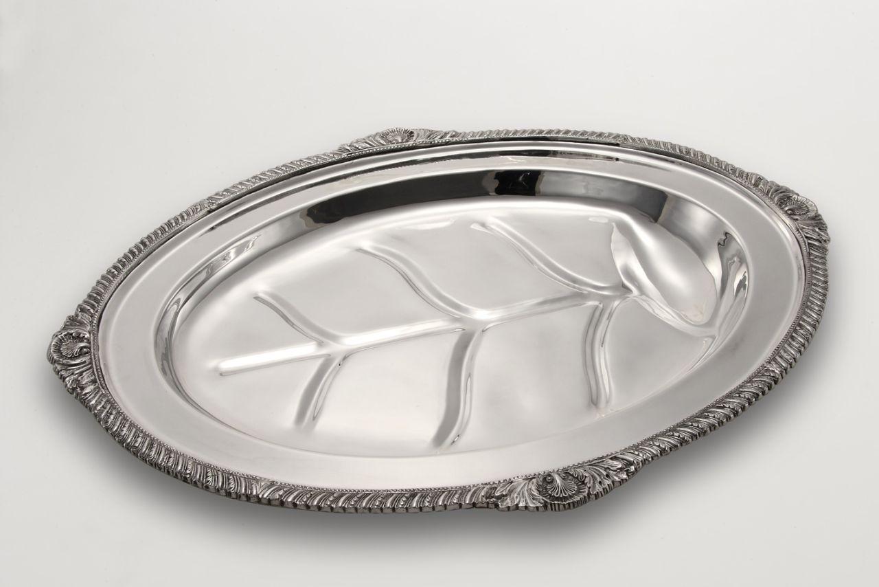 Vassoio ovale stile Regina Anna argentato argento sheffield cm.58,5x45x7h