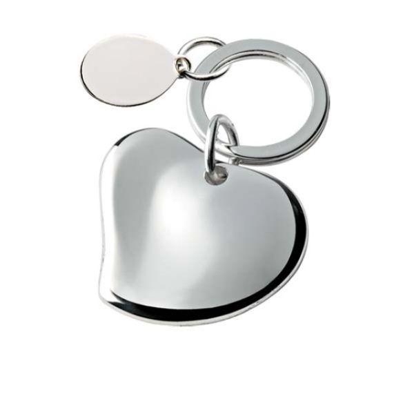 Portachiavi cuore con piastrina ovale in silver plated
