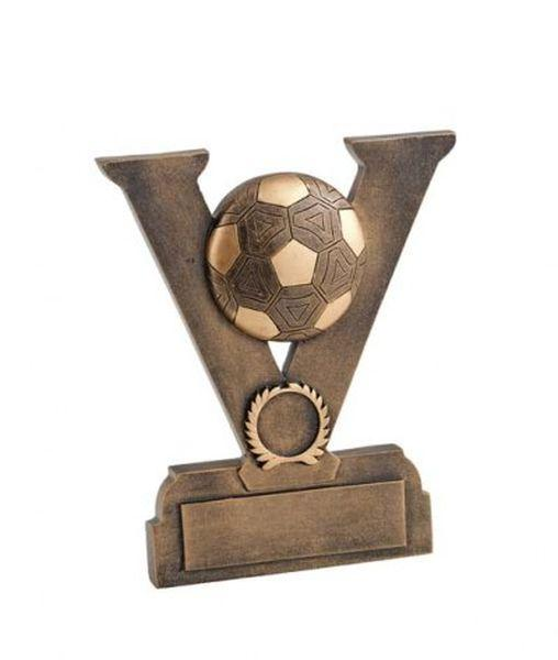 Trofeo vittoria calcio con pallone in legno e resina