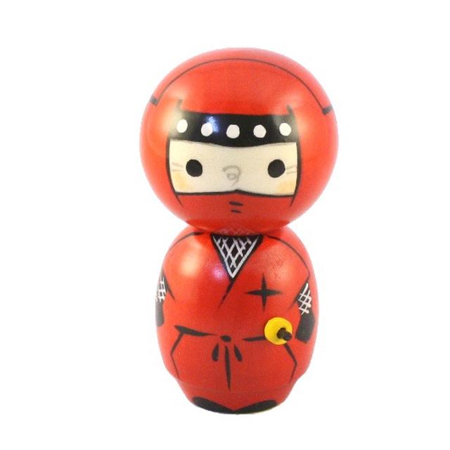 Kokeshi - Ninja Rosso by Chie