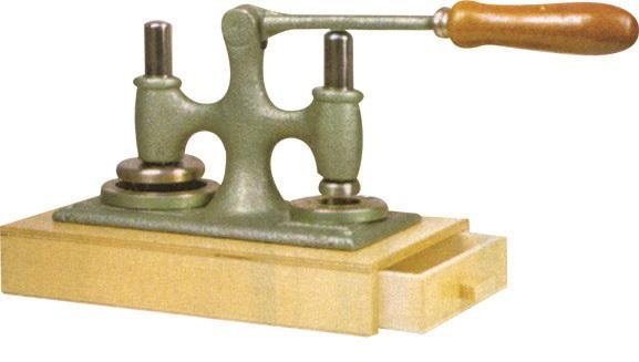 Macchina duplex per taglio di ostie e particole