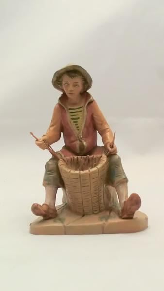 Pastore seduto con cesto cm 12