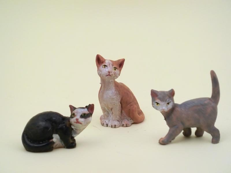 Serie 3 gatti adatti a cm 12