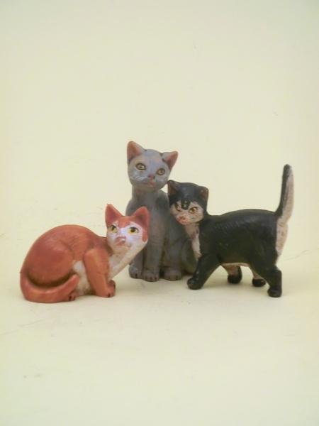Serie 3 gatti cm 19