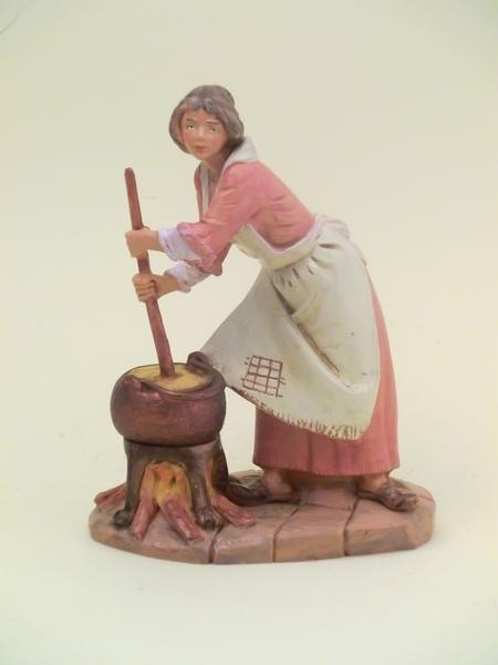 Donna che cucina cm 19