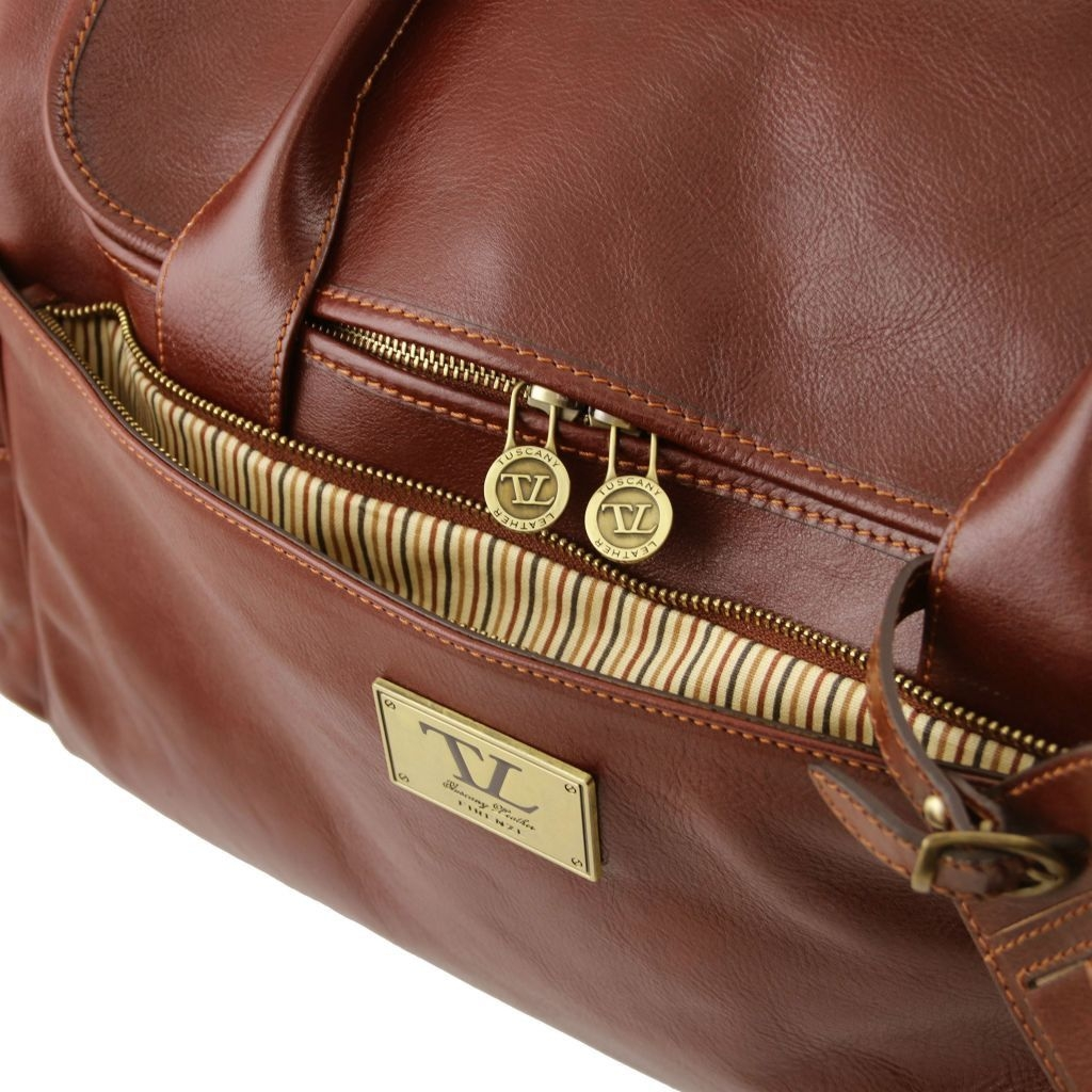 Tuscany Leather TL141296 TL Voyager - Travel leather bag with side pockets Honey