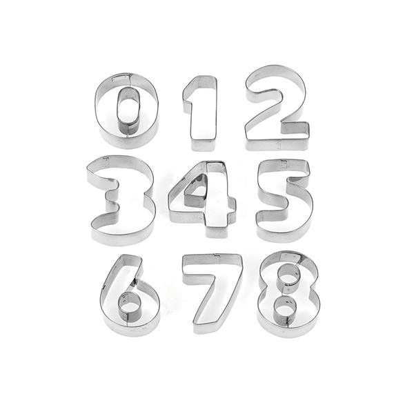 Acquista Set 6 Confezioni 9 Taglia Biscotti 17528254 | Glooke.com