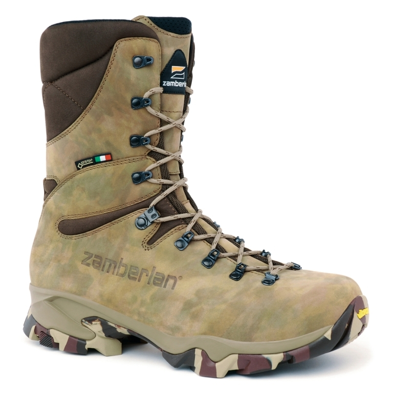 1015 COUGAR HIGH GTX® WIDE LAST - Hunting Boots - Camouflage