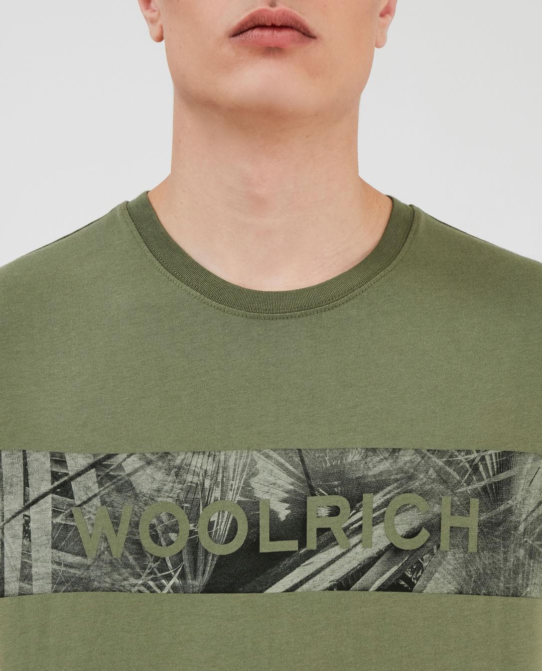 T-shirt uomo WOOLRICH FLOREAL LOGO