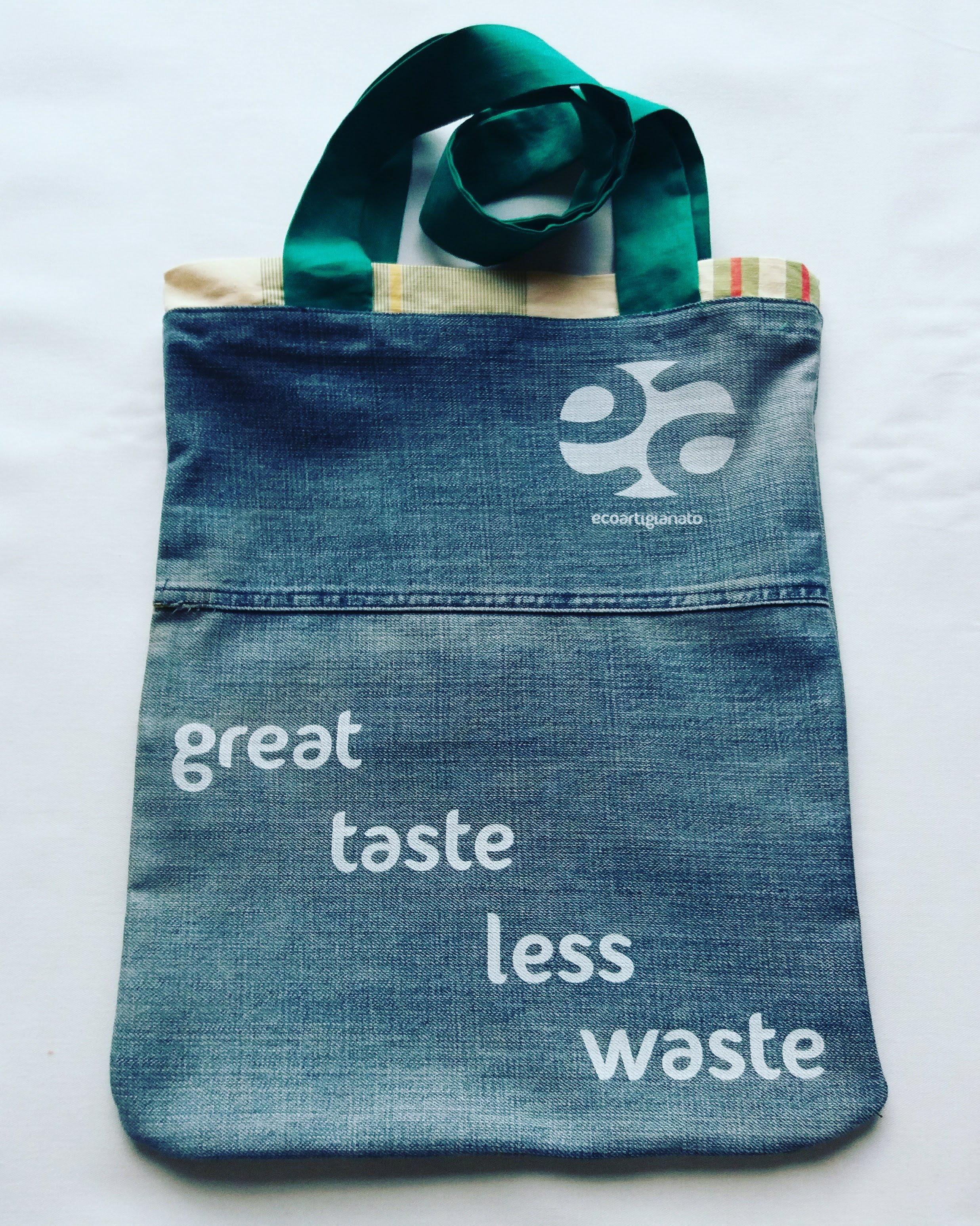 Shopping bag jeans con rifiniture verdi