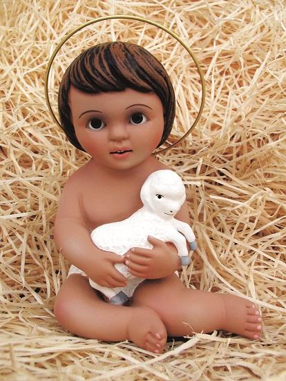 Gesù Bambino con pecora in gesso cm. 20