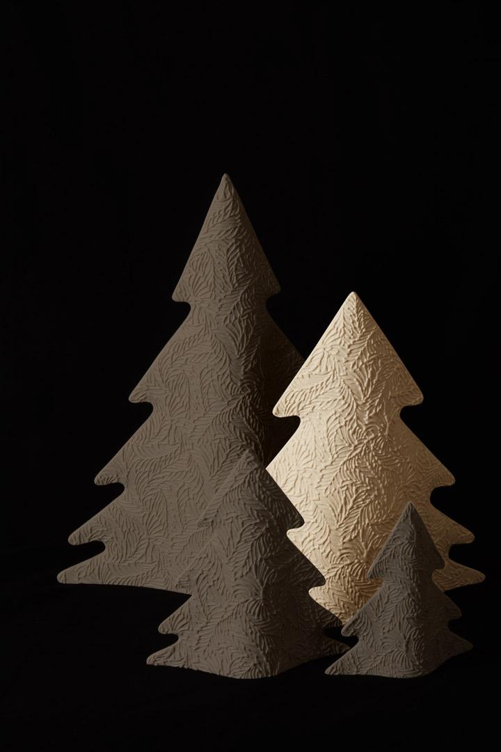 Albero di Natale Moderno Avorio in Gres Porcellanato cm 30