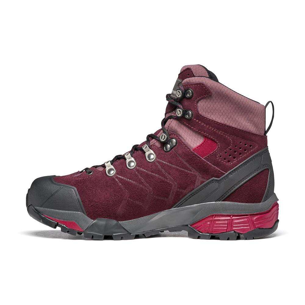 ZG TREK GTX WMN   -   For moving fast on alpine hikes, waterproof   -   Temeraire-Red Plum