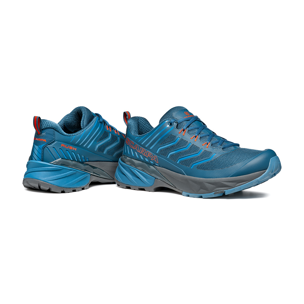 RUSH  -  Fast hiking su multi-terrain, medie e lunghe distanze  -  Ocean