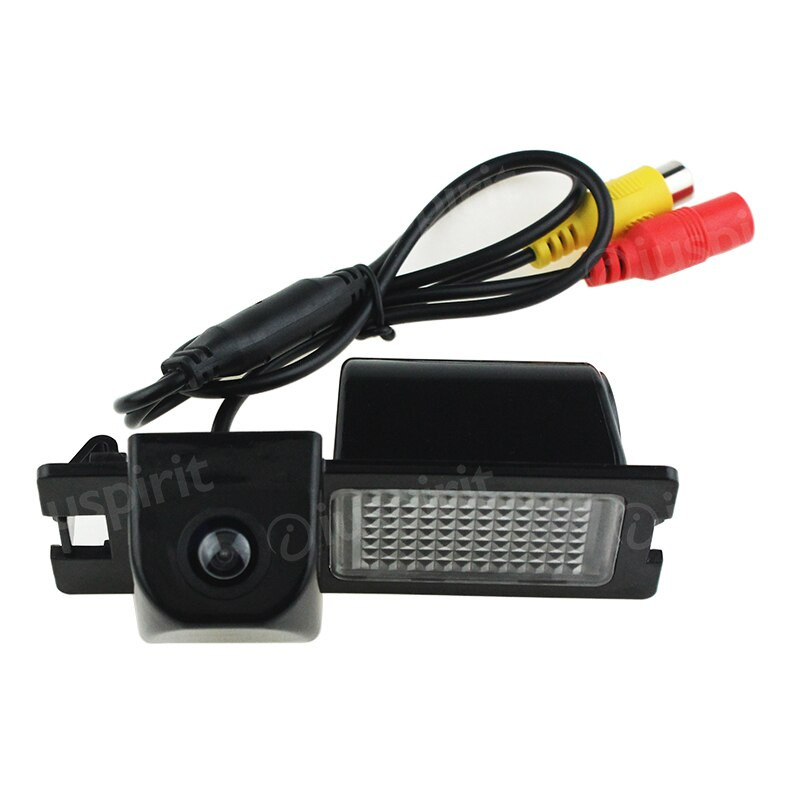 Telecamera retromarcia per Fiat Bravo retrocamera specifica luce targa