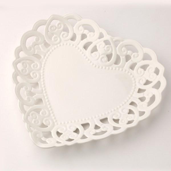 Hervit -  piatto in porcellana traforata barocca a cuore