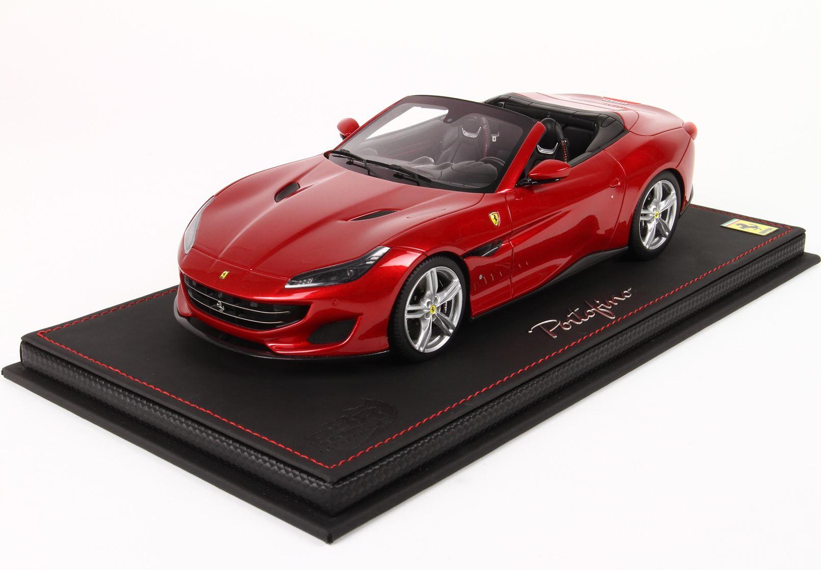 Ferrari Portofino 2017 Rosso Portofino 300 Pcs 1/18