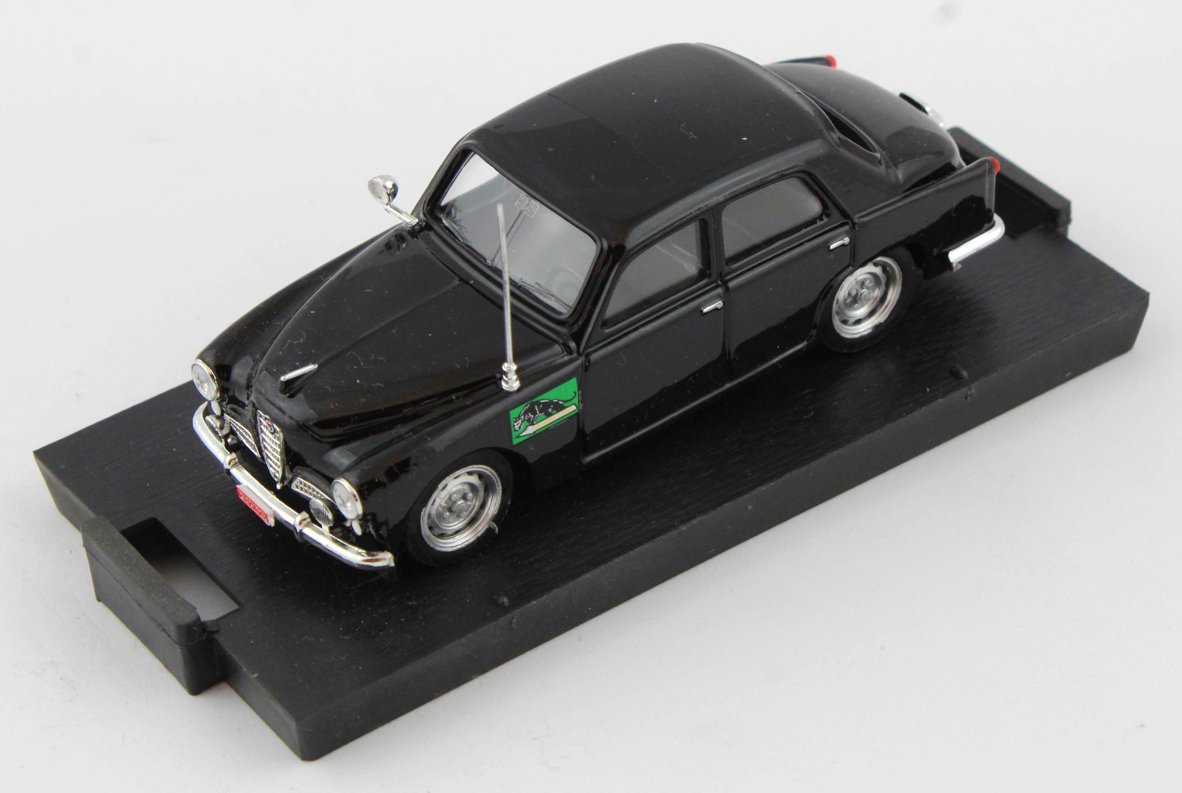 Alfa Romeo 1900 Polizia Stradale 1954 1/43 100% Made In Italy By Brumm