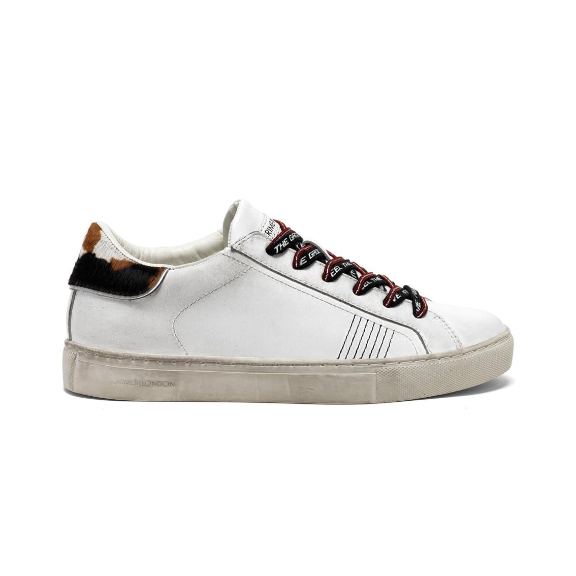 Sneaker bianca con tallone differente dx/sx Crime London