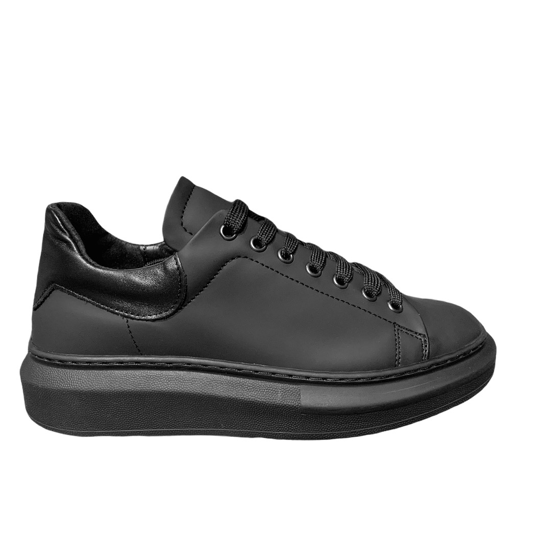 Sneakers ESCLUSIVE nere Made in italy
