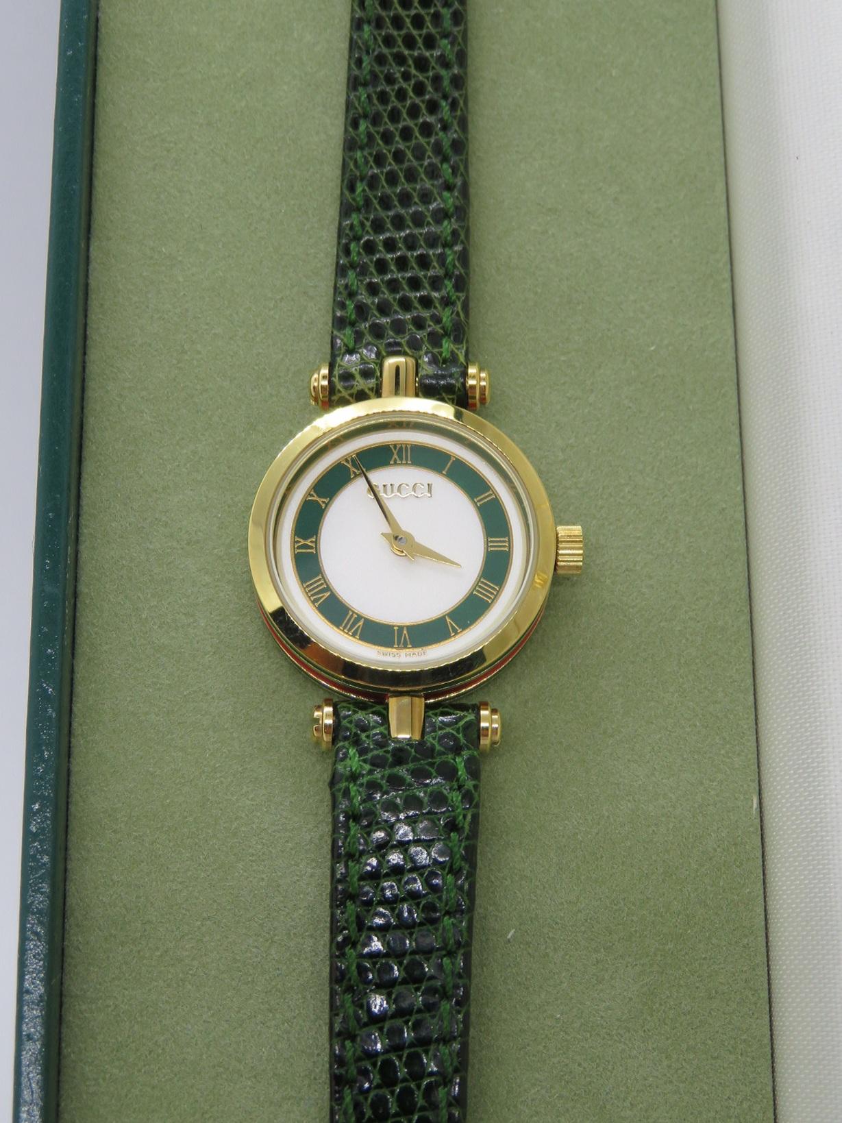 Orologio Gucci 2000 donna lady lady quadrante bicolore verde