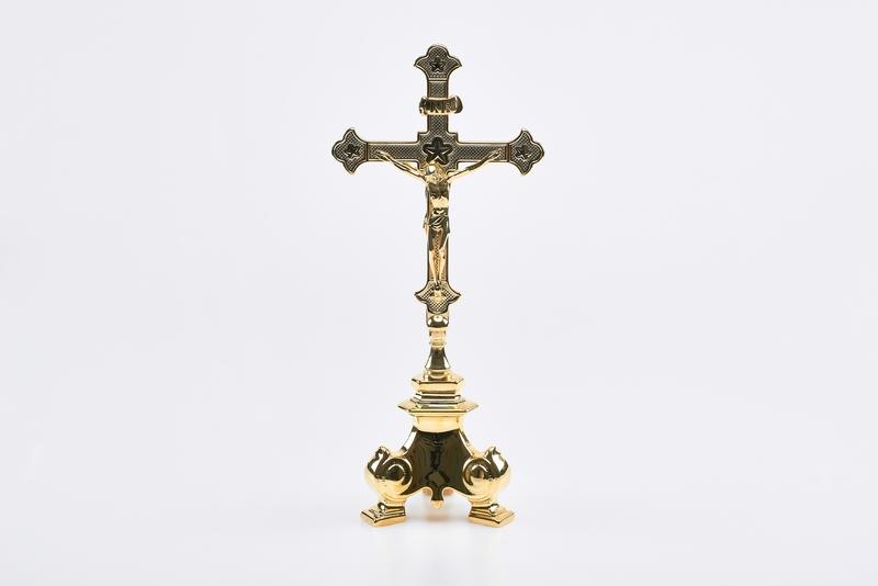 Croce doppia e base barocca in ottone - cm. 36x15