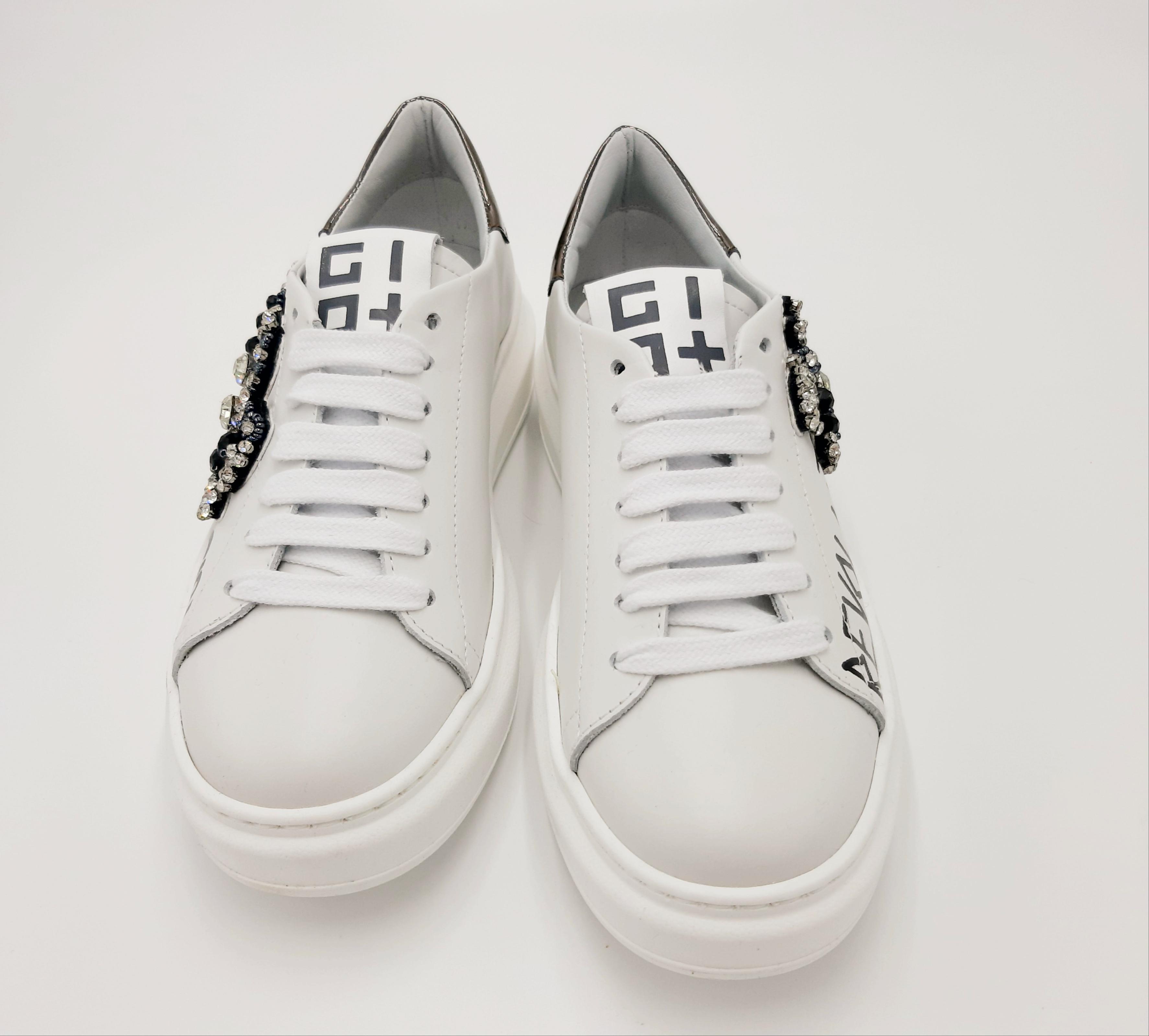 Sneakers bianca scorpione GIO+