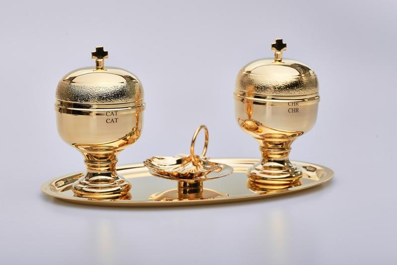 Completo per Battesimo dorato con due vasetti oli e conchiglia