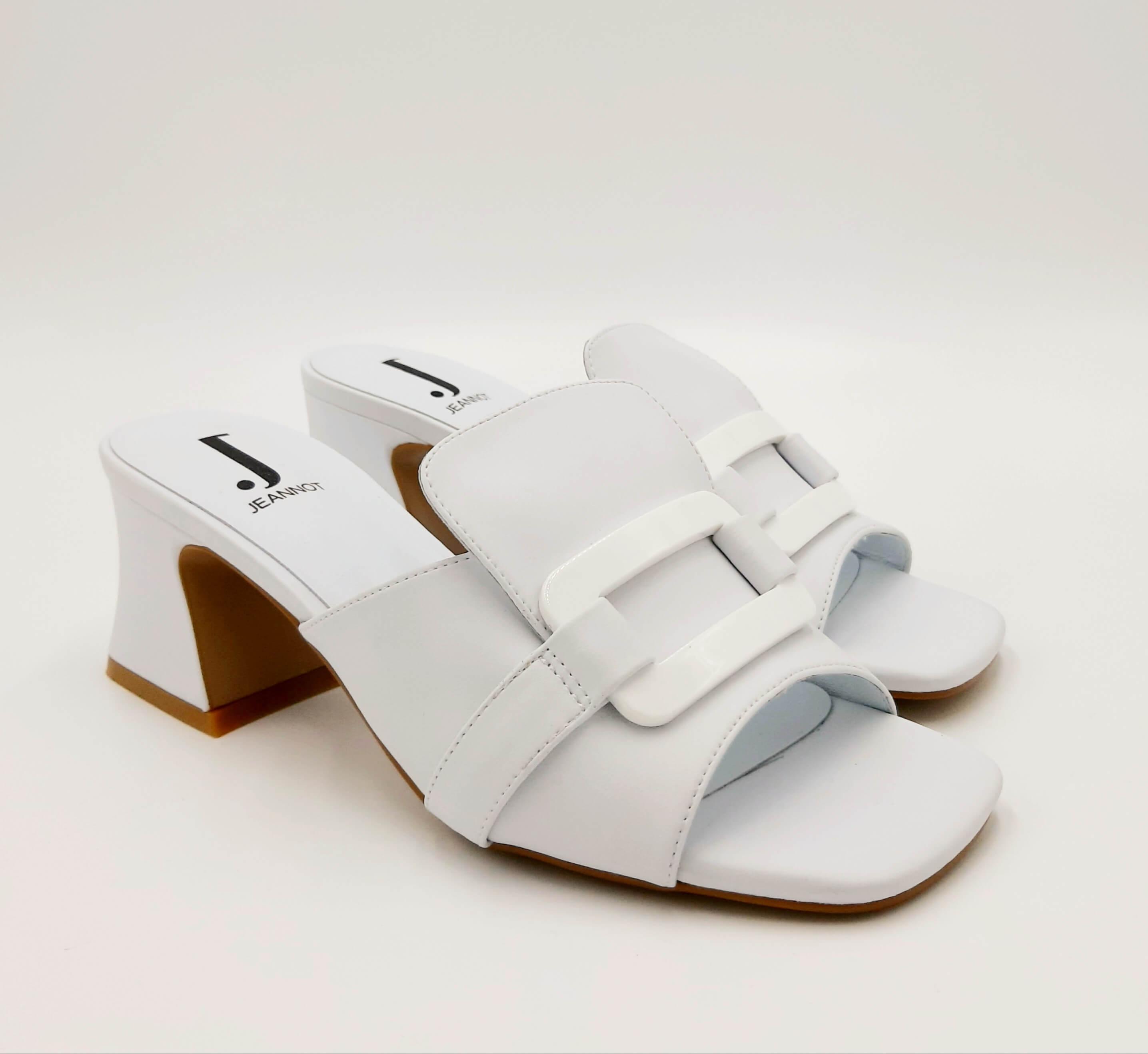 Sandalo bianco in pelle punta quadrata Jeannot