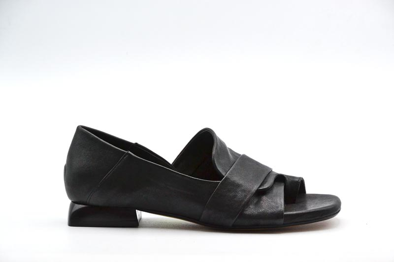 NOVITA' P/E 2021 The S Calzatura Donna-West Nero SP21