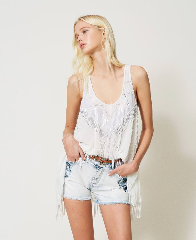 SHOPPING ON LINE TWINSET MILANO SHORTS IN JEANS CON RICAMI PATCH NEW COLLECTION WOMEN'S SPRING SUMMER 2021