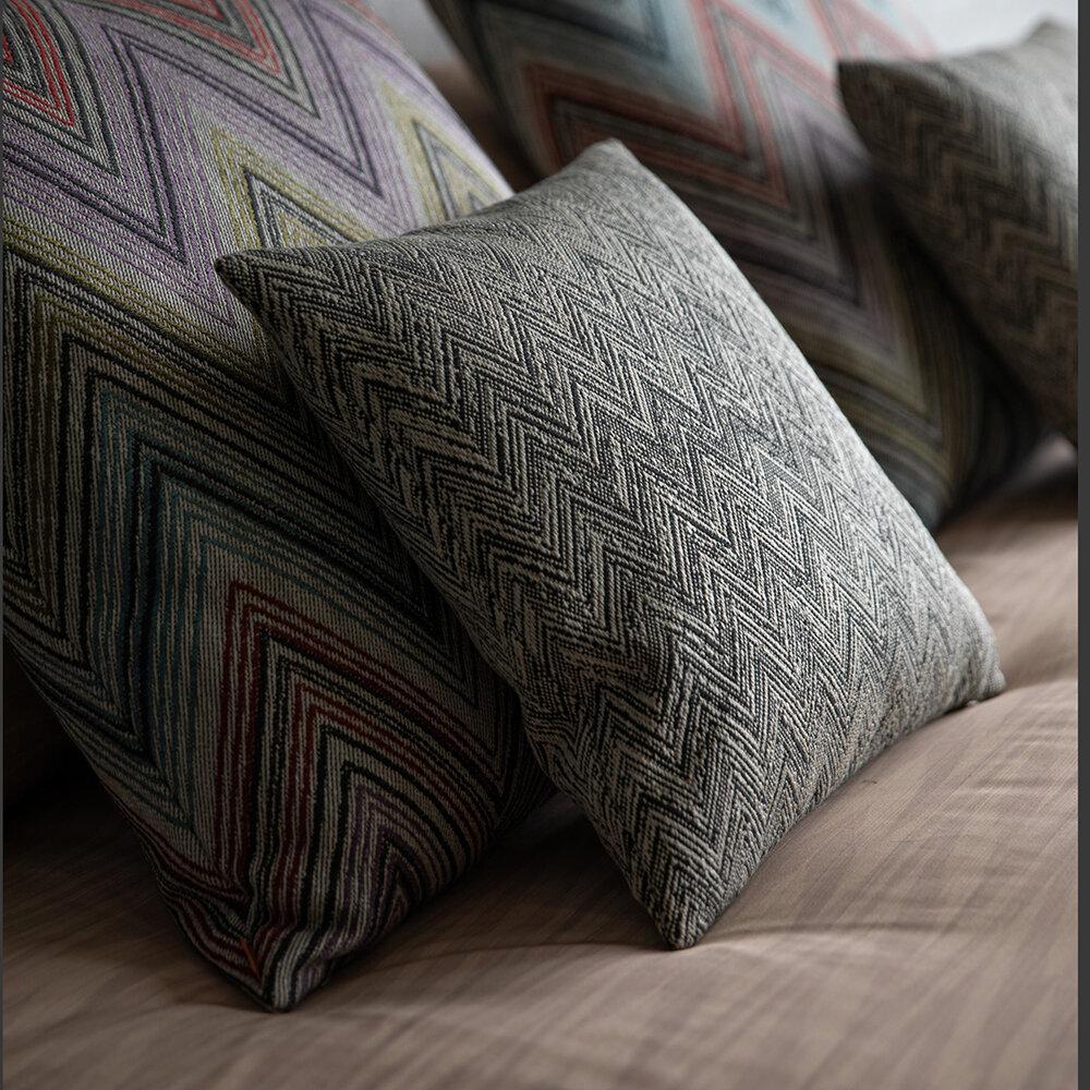 Dekokissen für Wohnzimmer 30x60 cm Missoni Home WEGGIS 174 multicolor design