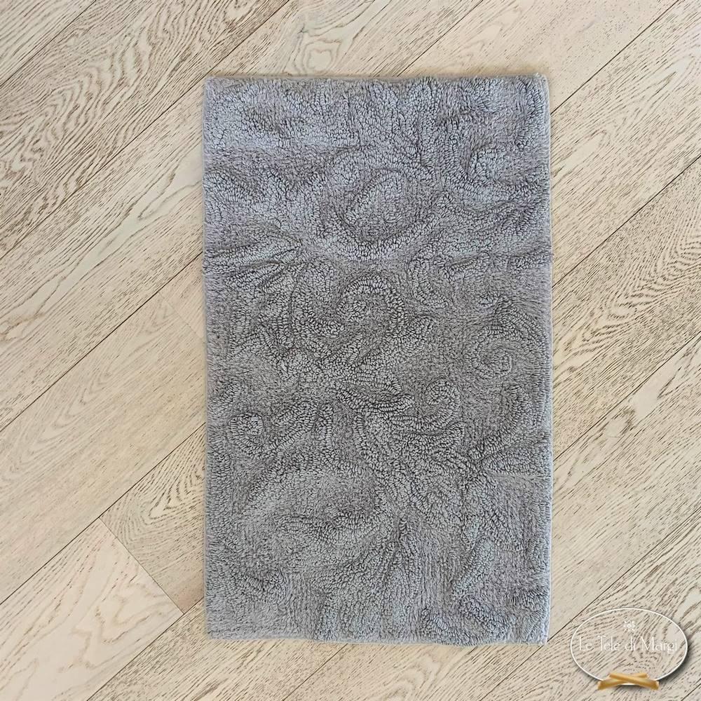 Tappeto rilievo grigio chiaro