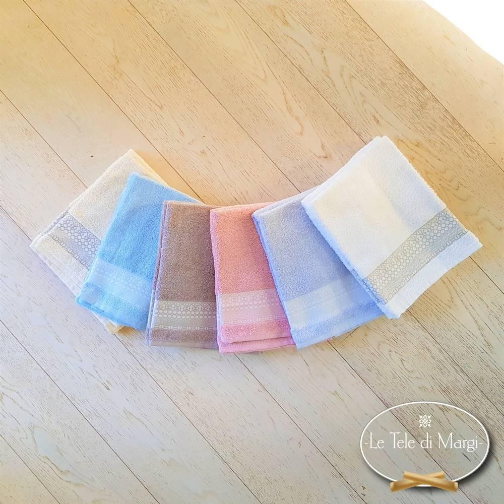 Asciugamani piedipull geometrico grigio polvere