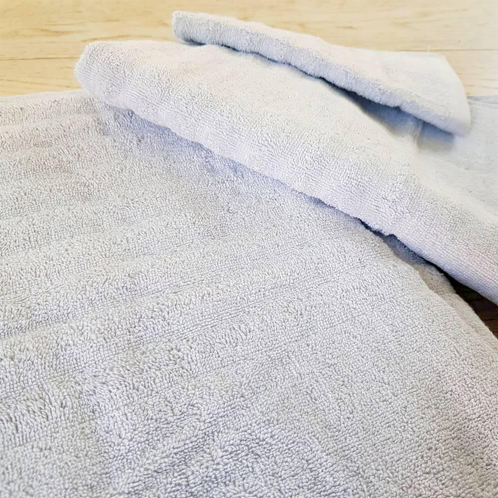 Asciugamano grigio effetto onda
