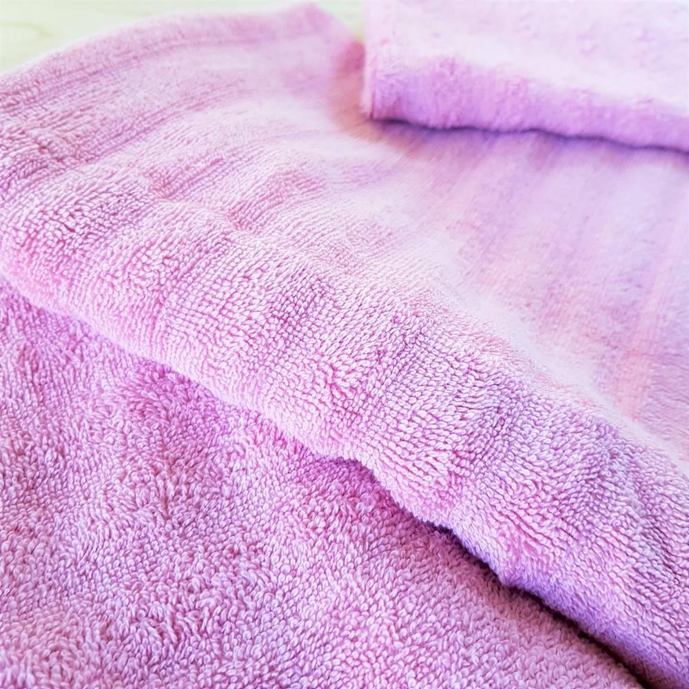 Ospite rosa effetto onda