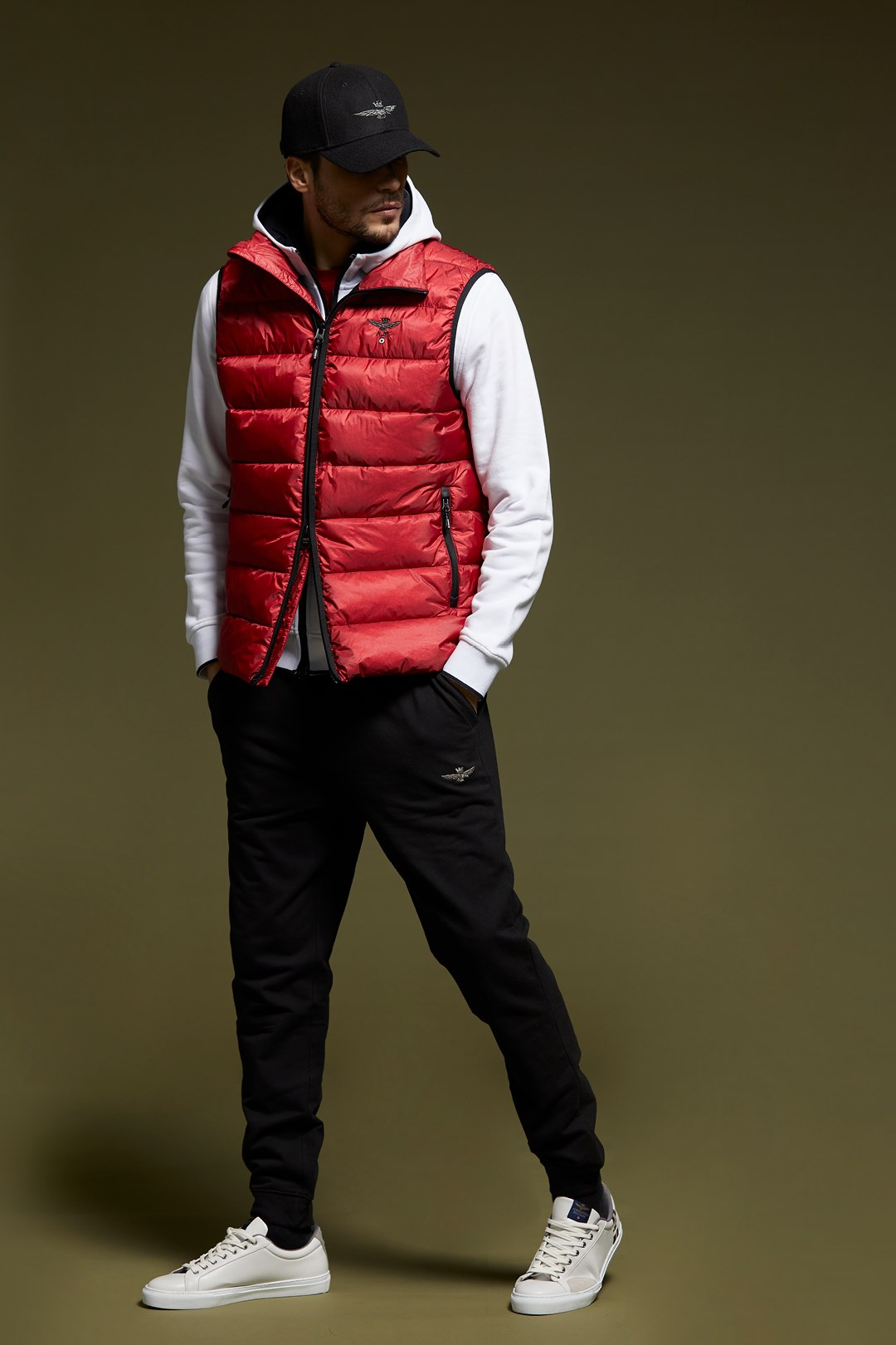 Padded vest with ripstop fabric          4