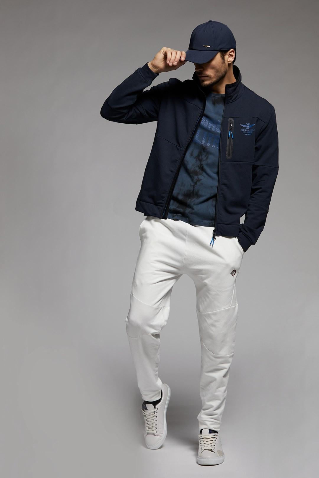 Stretch Active sweatshirt with pocket    4