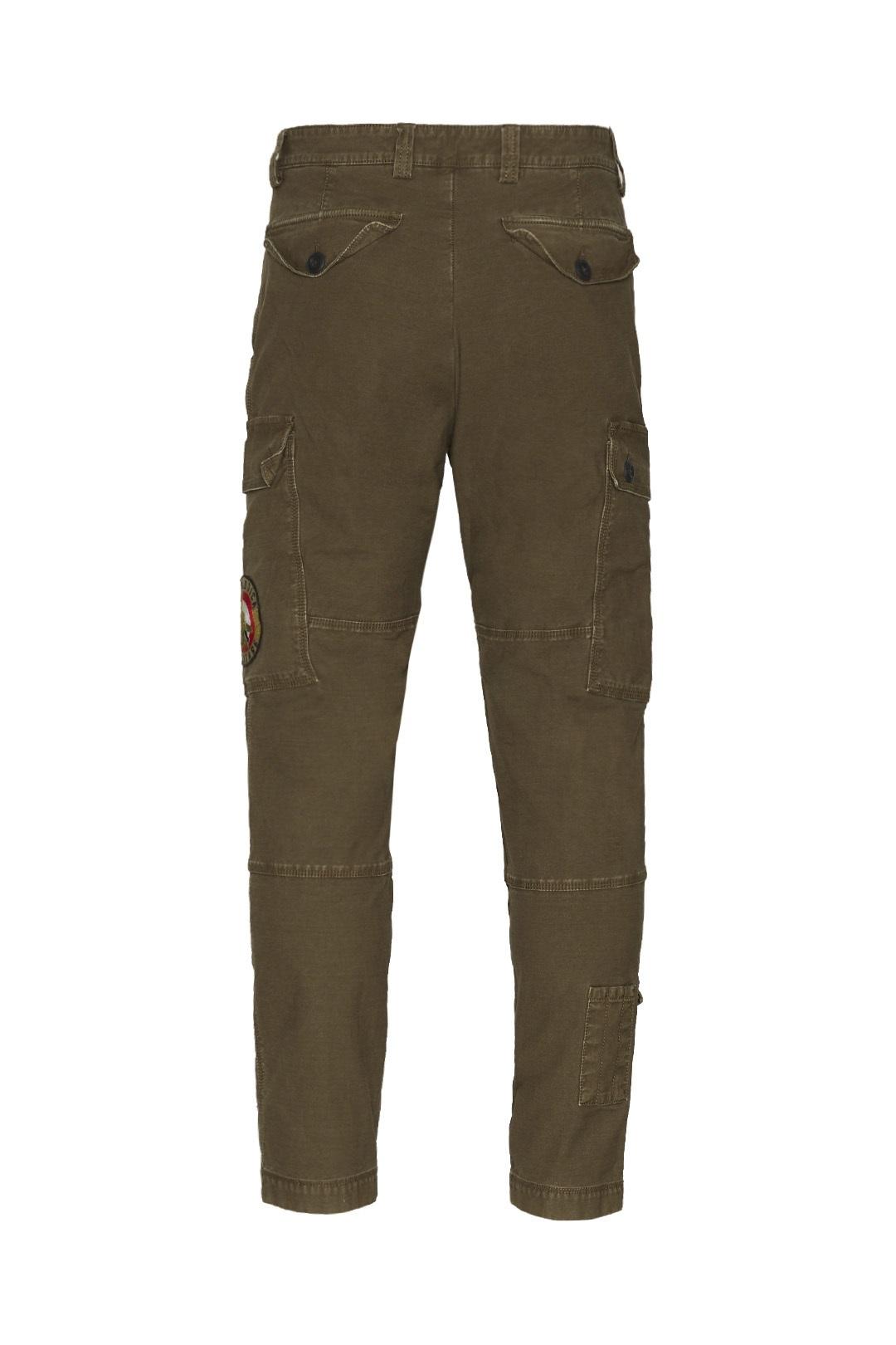 Pantalon avec petite poche bas de jambe  2