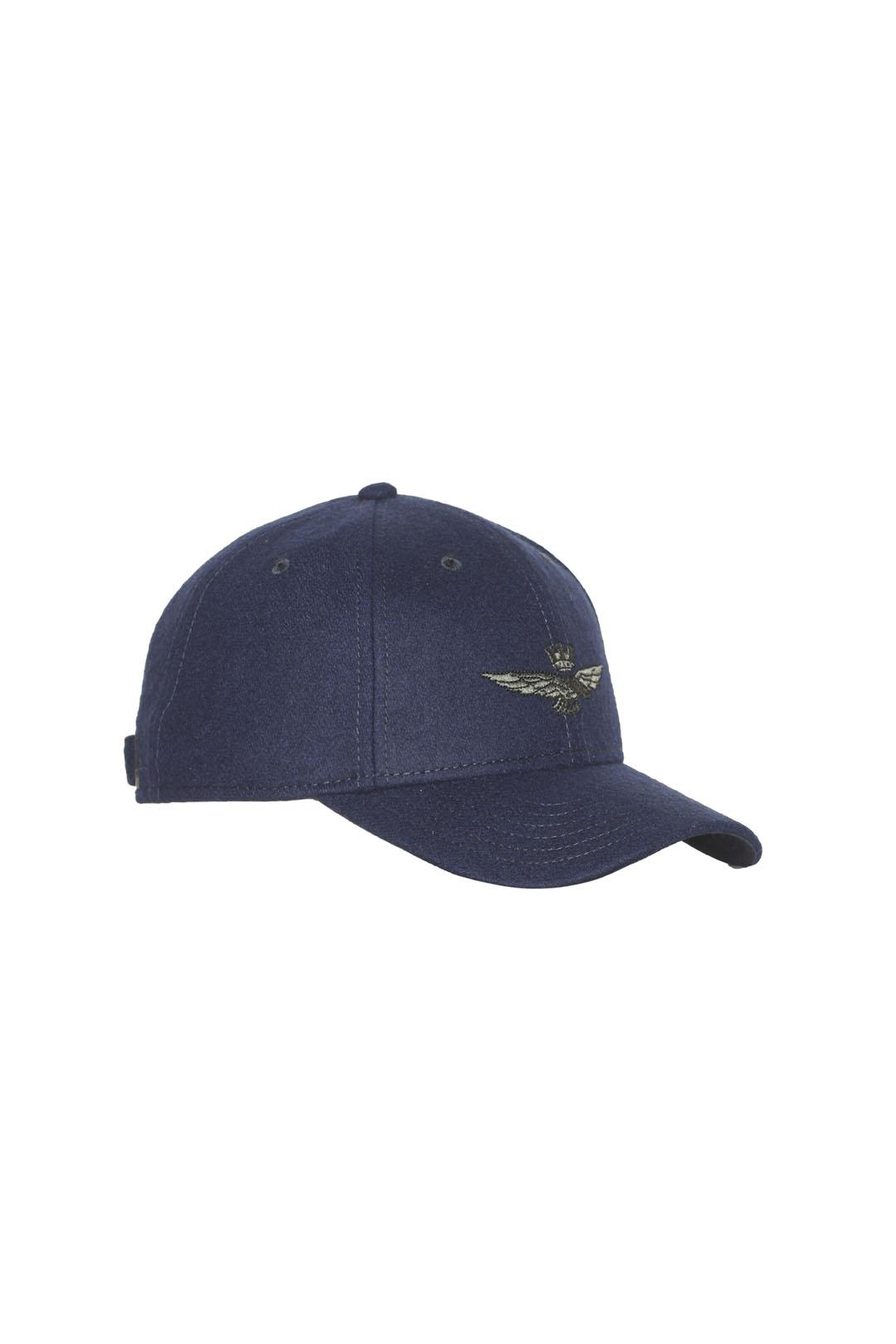 Hut aus Wolle und Polyester Mischung     1