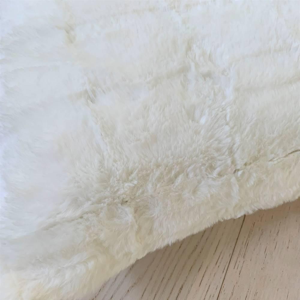 Federa in pelliccia ecologica bianca 50 x 50