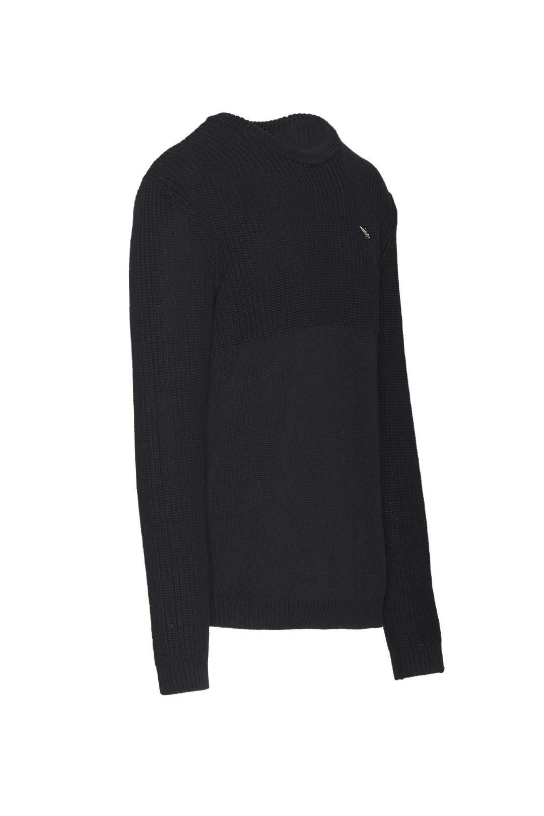 Two fabrics round neck sweater           3