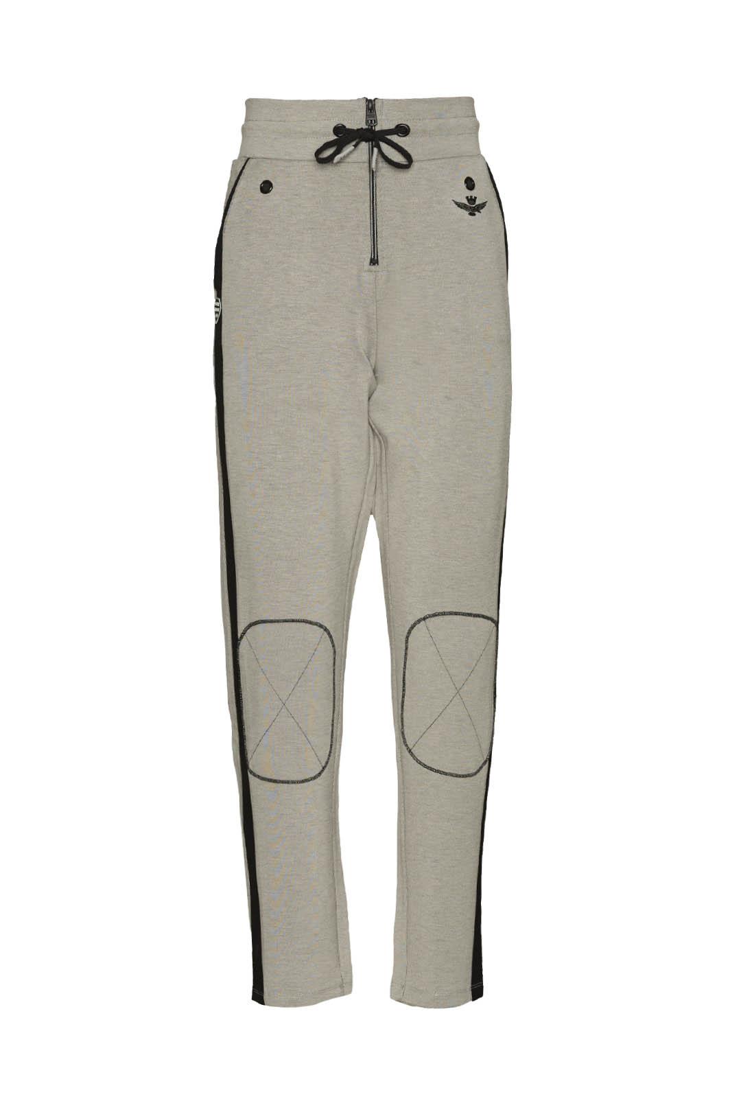 Pantalón de felpa con parches            1